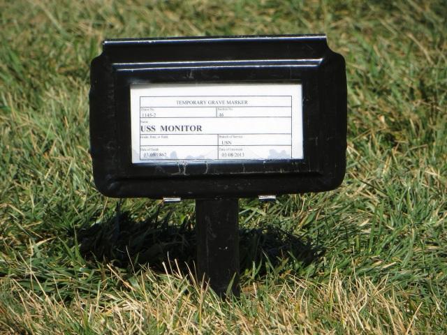 Monitor 013